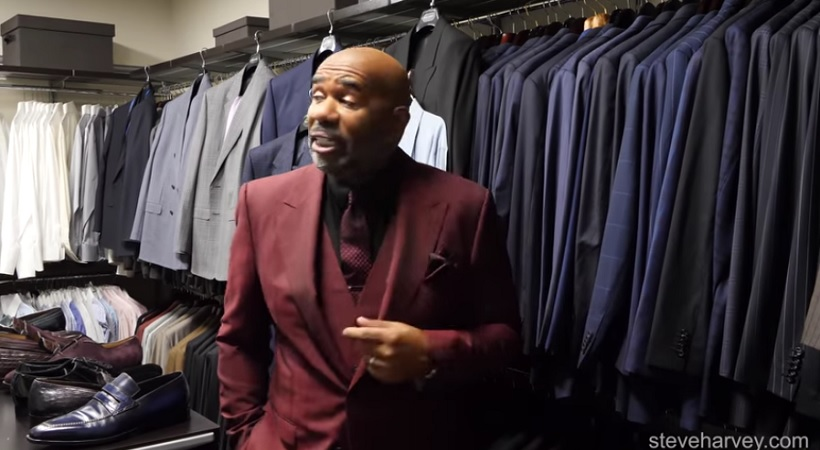 Steve Harvey Announces The Blue Cheese Awards