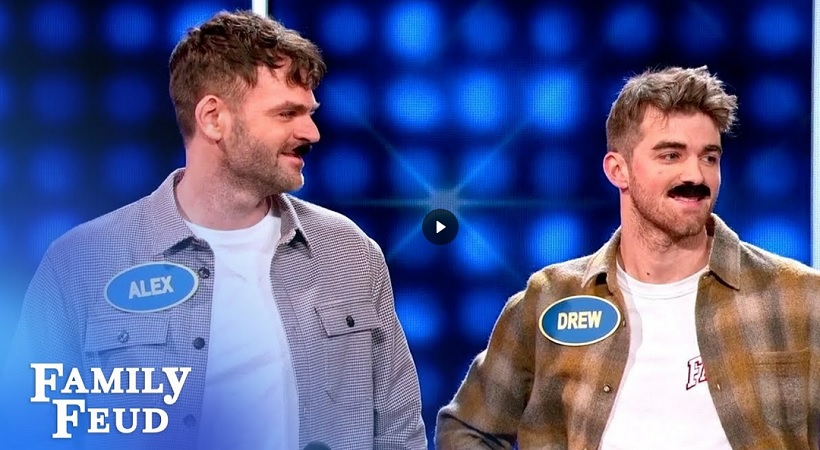Steve Harvey meets The Chainsmokers and 5SOS! | Celebrity Family Feud